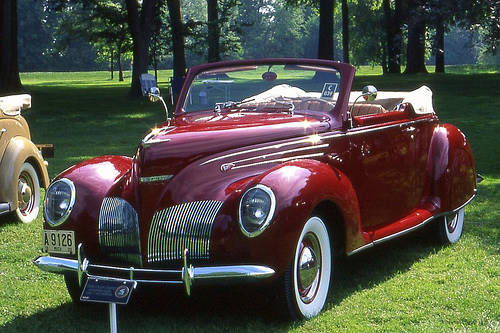 Lincoln Zephyr Convertible Sedan V12 (1938)